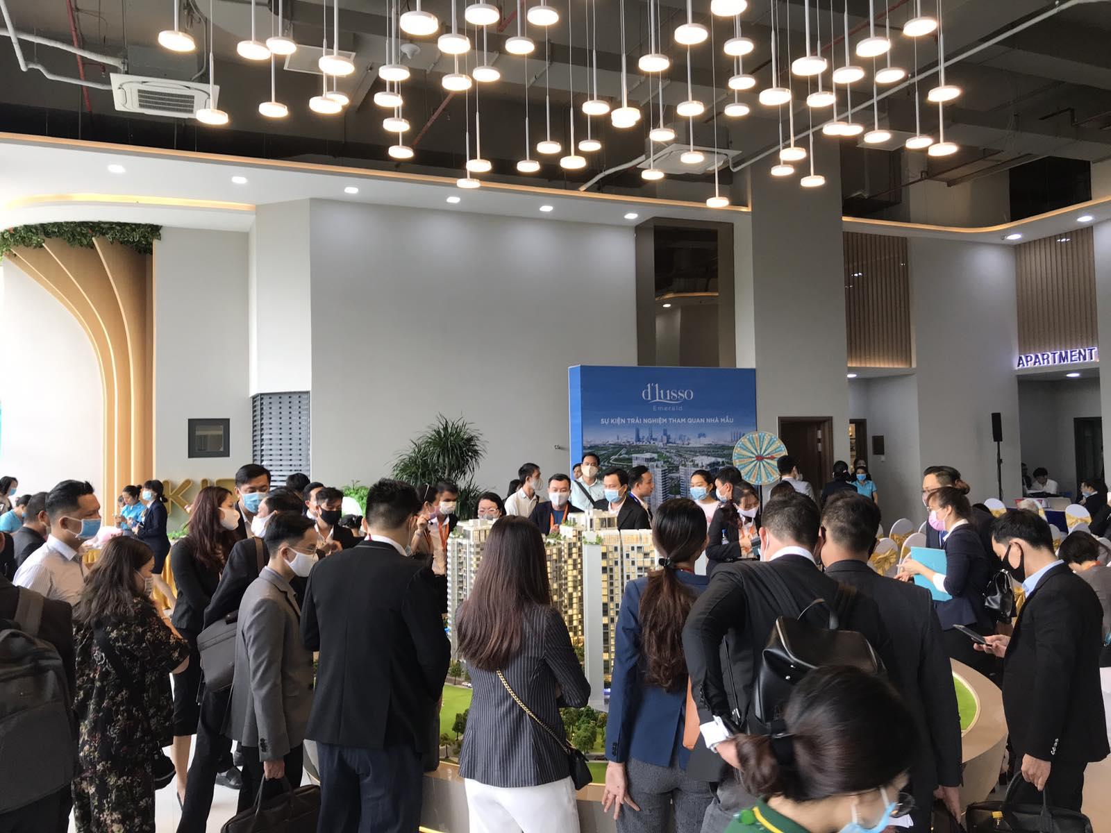 Hàng trăm khách hàng tham dự event trải nghiệm thực tế căn hộ mẫu Dlusso