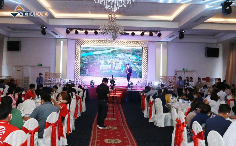 Việt Á Land tổ chức sự kiện ra mắt và bán hàng trực tuyến căn hộ The Origami